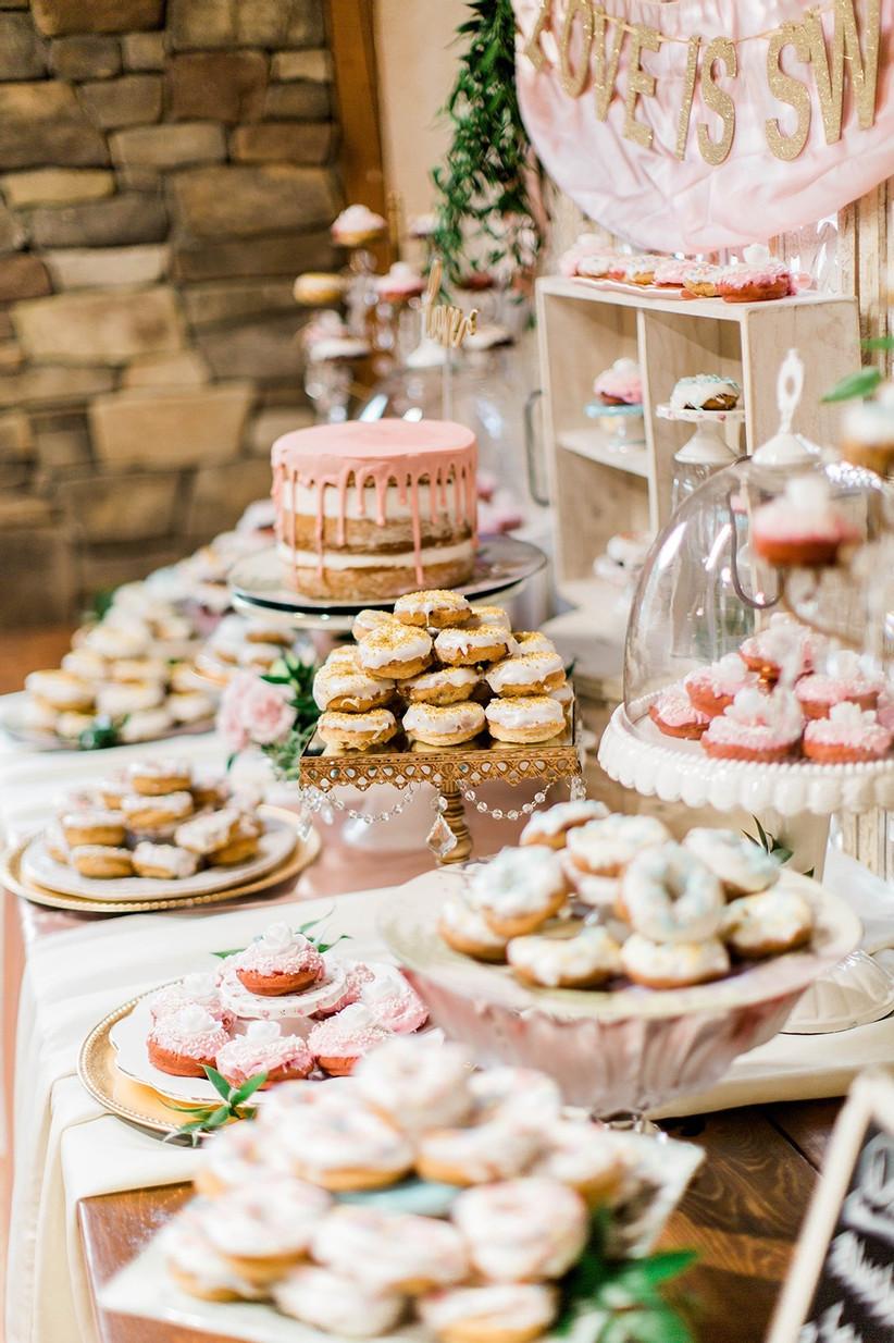 slatki sto i torte za vjenčanja